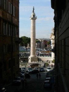 Photo: Ancient Rome still stands between modern Rome.