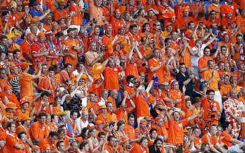 turn-fans-into-fanatics